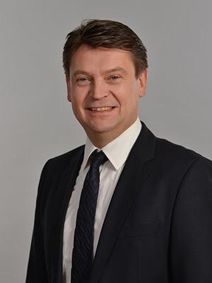 Rechtsanwalt Torsten Schuster, Fachanwalt für Bank- und Kapitalmarktrecht und Fachanwalt für Erbrecht